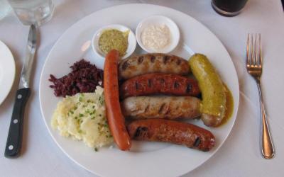 Sausage Sampler, Grunauers