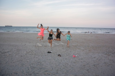 Beach_Girls_8_Jump_Web