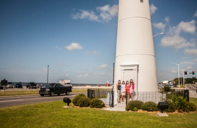 Biloxi_Lighthouse_Girls_exterior_2_Web