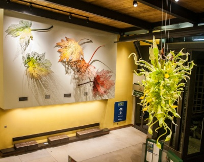Chihuly_Entrance_Web