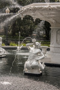 Forsyth_Fountain_Details_Pan_Web
