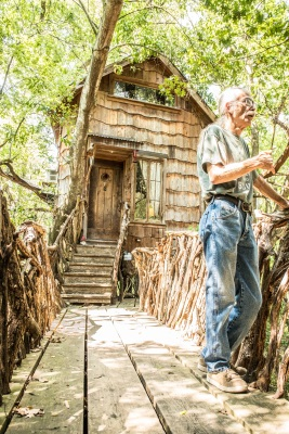 Dan_Phillips_Speaking_Tree_House_1_Web
