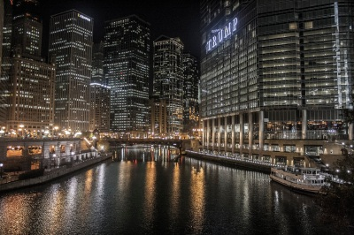 Chicago_River_Trump_Tower_Web