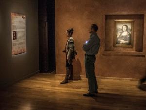 Da_Vinci_Exhibit_Mona_Lisa_Alex_Web