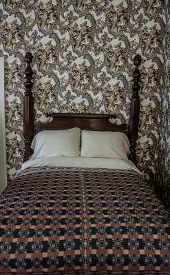 Lincoln_Bed_Web