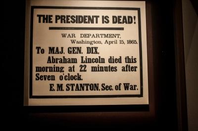 Lincoln_Dead_Sign_Web