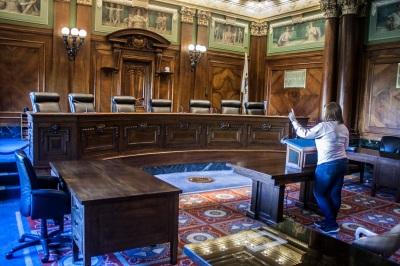 Supreme_Court_Constance_Web