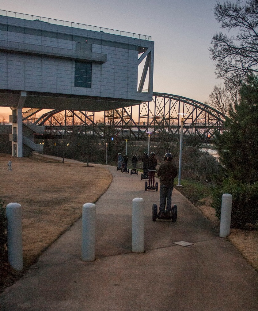 Segway_Clinton_Library_River_1_Web