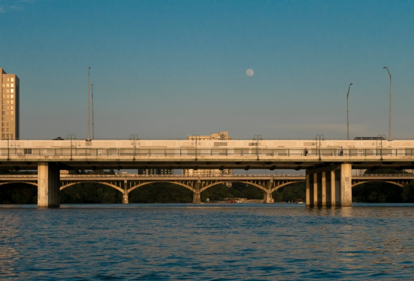 Kayaking_Austin_Bridge_Web