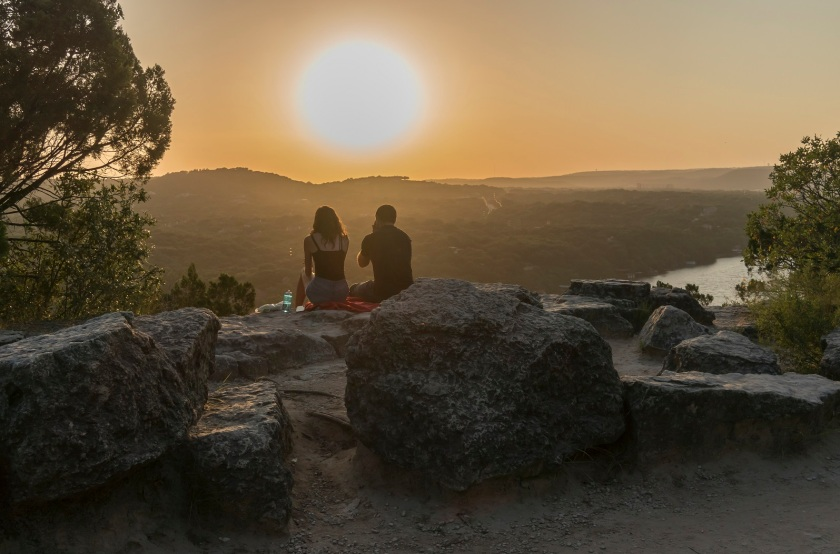 Mount_Bonnell_Sunset_Couple_Web