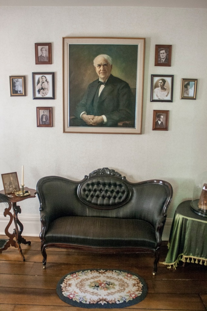Edison_Living_Room_Photo_Web