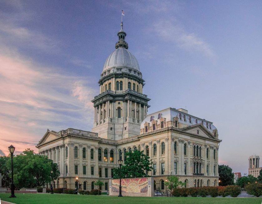 Illinois_Capitol_2_Web
