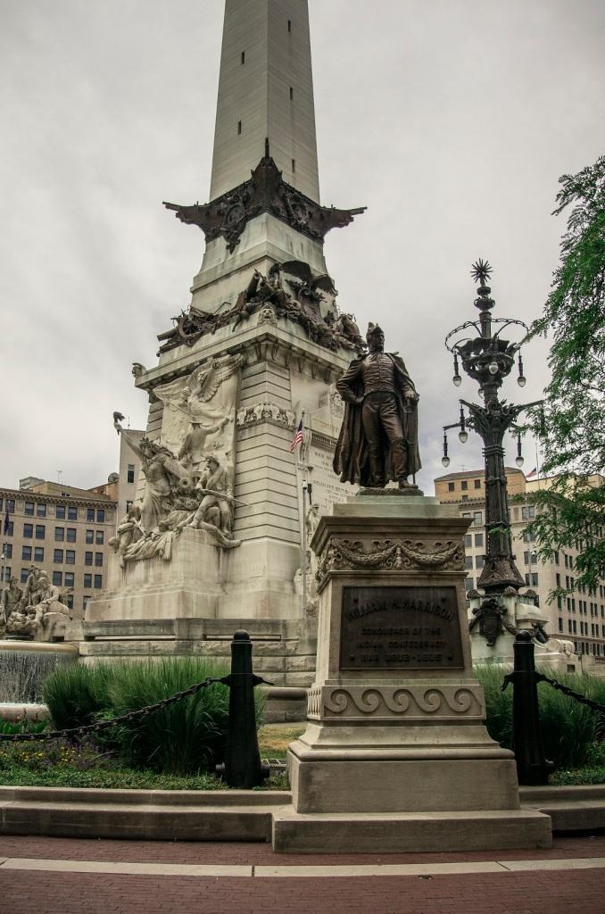 Indianapolis_Veterans_Tower_Web