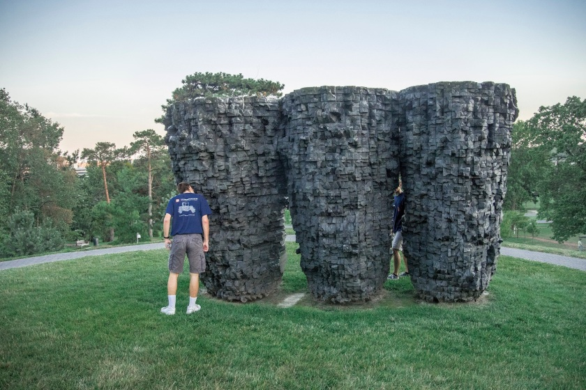 Ursula von Rydingsvard, Nelson-Atkins Museum of Art, Kansas City, Three Bowls