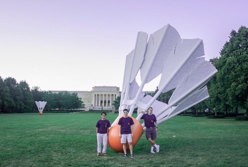 Claes Oldenburg and Coosje van Bruggen, Nelson-Atkins Museum of Art, Kansas City, Shuttlecock