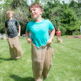 Sack_Race_5_Web