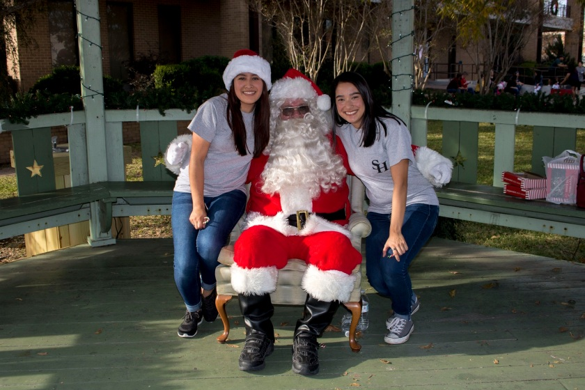 SHSU, LEAP Ambassadors, LEAP Center, Huntsville Main Street, Christmas on the Square
