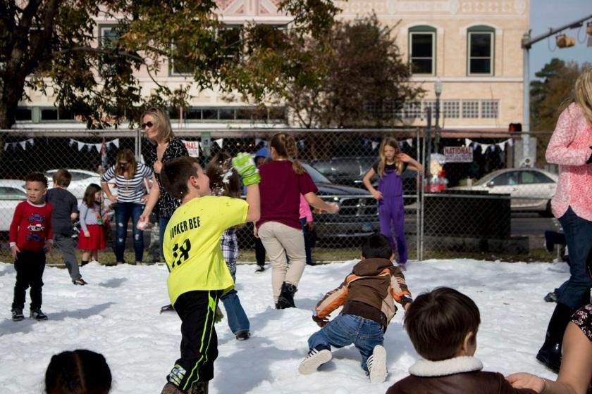 SHSU, LEAP Ambassadors, LEAP Center, Huntsville Main Street, Christmas on the Square