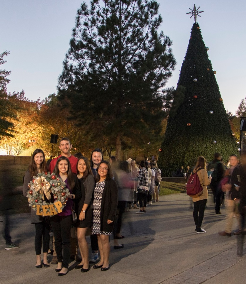 SHSU, LEAP Ambassadors, LEAP Center, SHSU Tree Lighting, Christmas 2017