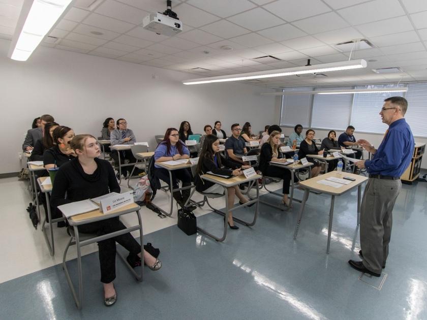 SHSU, LEAP Center, LEAP Ambassadors, South Texas College of Law Houston, Professor Val Ricks, LEAP Center Mock Law Class