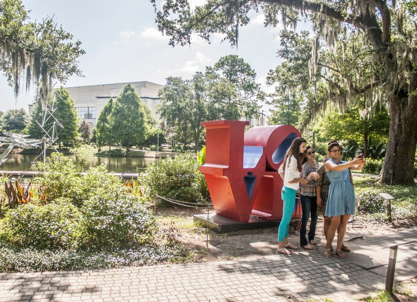 SHSU, LEAP Ambassadors, LEAP Center, Robert Indiana, LOVE, Besthoff Sculpture Garden